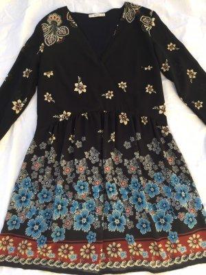 Kleid Chiffon Blumen Muster schwarz bunt