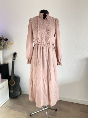 Robe chiffon or rose