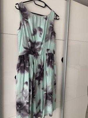 Kleid Cocktail