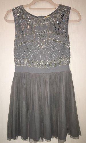 Kleid / Cocktailkleid von Maya in grau mit Pailletten Gr. 38