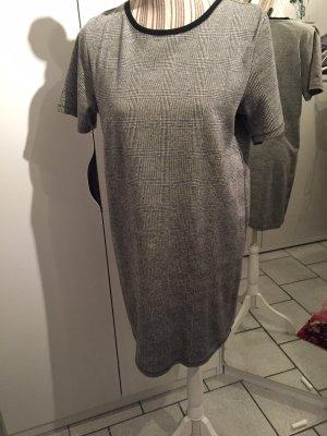Takko Fashion Caftán gris-gris claro