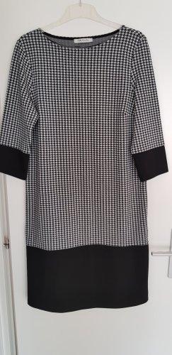 Betty Barclay Robe fourreau noir-blanc polyester