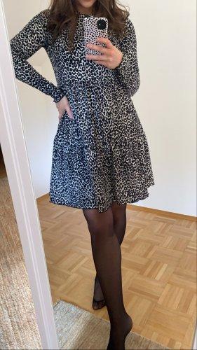 Bershka Longsleeve Dress black-white