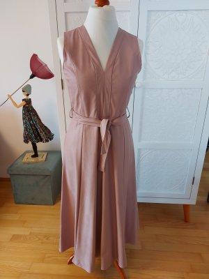 new collection Vestido de cuero rosa