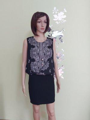 Kleid der Marke Mango, schwarz-weiß