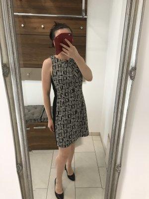 Drykorn Off-The-Shoulder Dress black-white