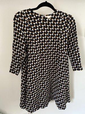 Kleid dunkelblau weiß ocker gemustert Größe M 38 von H&M