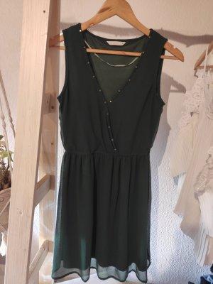 Kleid dunkelgrün mit Nieten