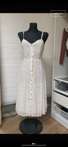 Mango Sukienka midi w kolorze białej wełny