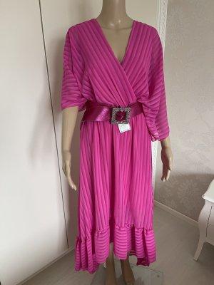 Kleid einheitsgrösse mit Gürtel neu mit Etikett