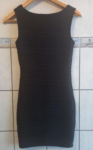 Kleid - eng anliegend