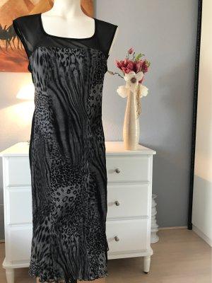Kleid Etuikleid Gr. M