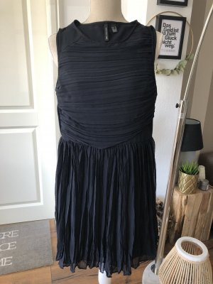 Kleid Falten Gr. 34 XS dunkel blau Sommerkleid