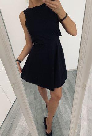 Kleid Faltenkleid Rückenausschnitt Armani Taillenkleid / Schwarz S 36 / Casual Elegant Chic