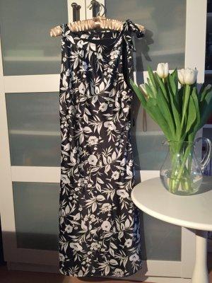 Kleid, festlich, schwarz weiß, mit Blumen, Jake*s