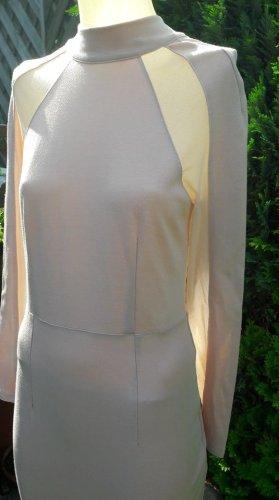 Kleid figurbetont mit transparenten Einsätzen