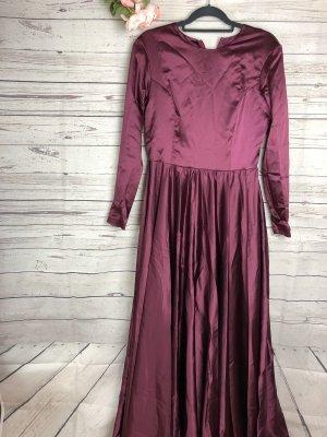 Kleid Fuchsia Satin Gr. 42 Dunkellila