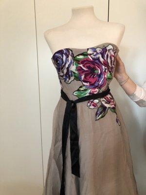 Kleid für Fest mit Blumen Schulterfrei