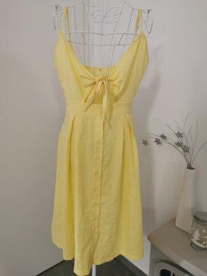 Cut Out Dress pale yellow