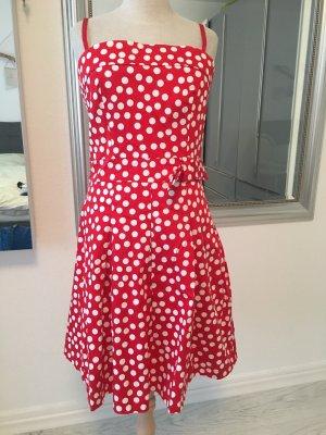 Kleid gepunktet ❤️