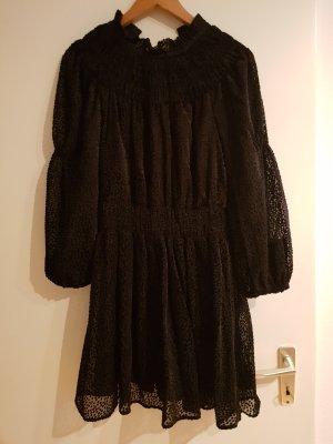 kleid gesmoktes Kleid von h&m schwarz