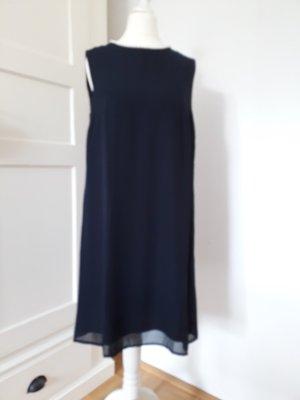 Kleid Gr. 36 dunkelblau mit Perlen am Kragenrand Zero