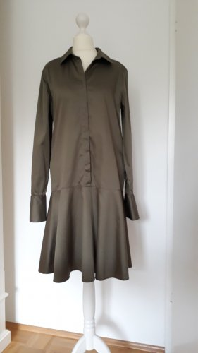 0039 Italy Robe à volants kaki