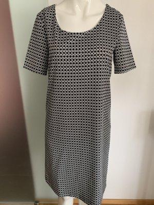 Kleid Gr 38 40 M schwarz-weiß gemustert