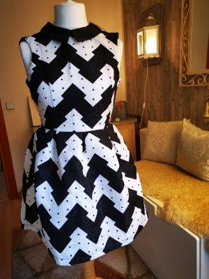 Kleid Gr. 38 tailiert schwarz weiss kurz neu