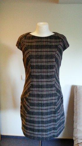 Kleid,Gr.40 (M/L) von s.Oliver Minikleid Bürokleid Neu Wolle Etuikleider winter