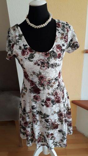 Apricot Shortsleeve Dress white