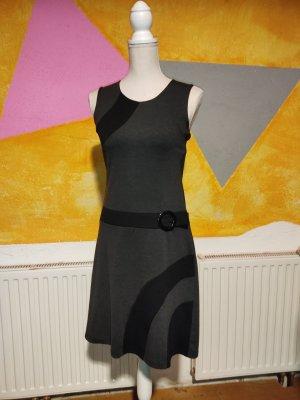 Kleid, Gr. S, 17&CO., Minikleid, ärmellos