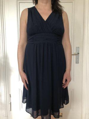 Kleid Gr. XL
