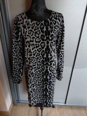Kleid grau schwarz Tiger Muster getigert pink cherry