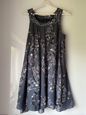 Kleid (Hängerchen / A-Linie )