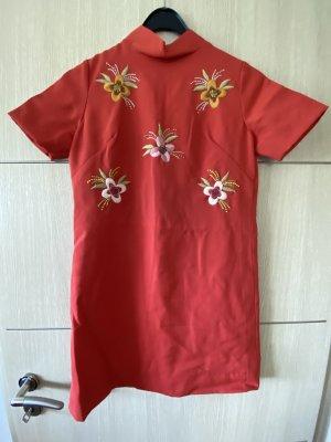 Kleid  Handmade, bestickt, Größe : geschätzt 34