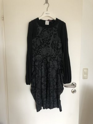 High - Everday Couture by Claire Campbell Longsleeve Dress black-grey