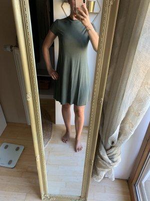 Kleid Hochgeschlossen, Double Zero