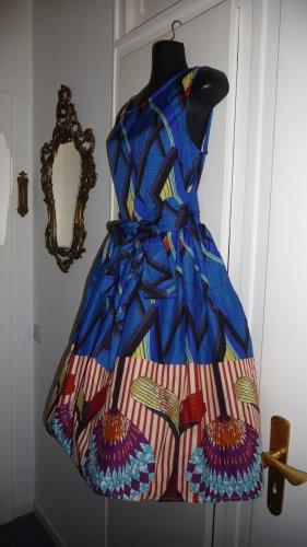 Kleid im 50er Jahre Style
