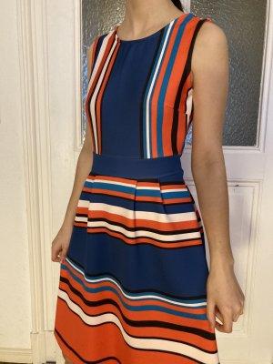 Kleid im 60er Jahre Stil - von Rainbow