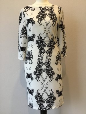 Kleid im 70s-Stil