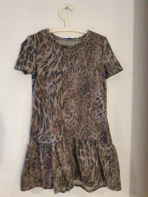 Kleid im Leopardenlook