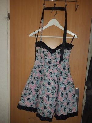 Kleid im Rockabilly Look