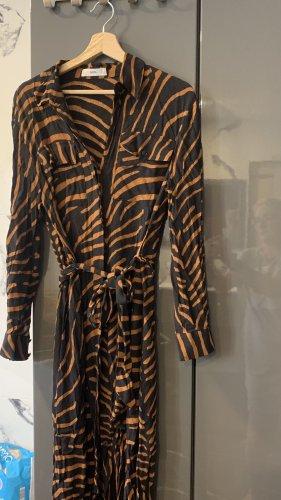 Kleid in animal print Mango