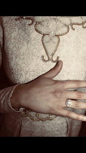 Kleid in beige gold nur einmal getragen