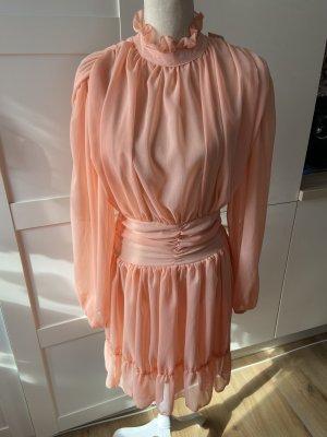 Kleid in Blassorange / Apricot