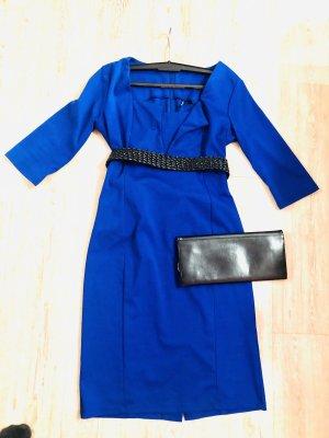 Kleid in blau