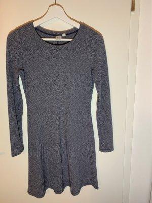 Kleid in blau-meliert