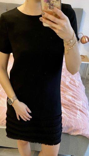 Kleid in Chaneloptik