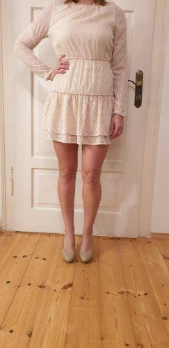 Kleid in Cremefarbe
